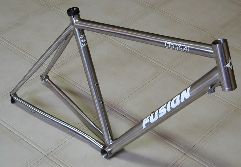 Fusion Cycles Singapore - Fusion, Giant, Aluminum, Carbon, Steel ...